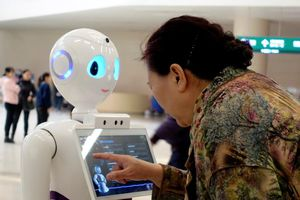 'Chìa khóa' giảm tải cho bệnh viện ở Trung Quốc