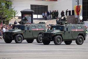 Thèm thuồng dàn vũ khí Quân khu miền Nam Nga (1)
