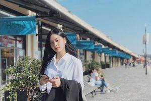 Nữ sinh Việt tại Pháp học giỏi, xinh đẹp 'gây thương nhớ'