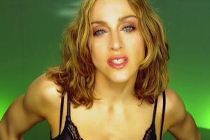 Bí quyết níu giữ thanh xuân của 'Nữ hoàng nhạc pop' Madonna