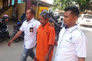 Pháp sư Indonesia bắt bé gái làm nô lệ tình dục 15 năm