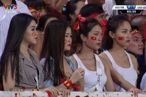 Bị 'ném đá' cố tình gây sự chú ý khi đi cổ vũ đội Olympic Việt Nam, dàn hot girl World Cup phản pháo