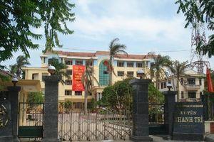 Hà Nội: Phá két sắt trong UBND huyện, lấy hơn 120 triệu đồng