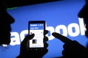 Bị giam vì nói xấu người khác trên Facebook