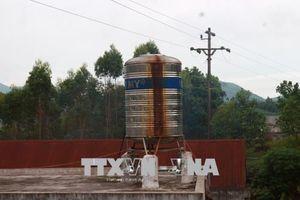 Người dân Vũ Linh khổ sở vì nước sinh hoạt bị hôi tanh, ngả vàng