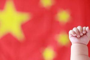 Nới chính sách 1 con: Trung Quốc phá 'bom nhân khẩu học' ra sao?