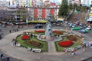 Đà Lạt muốn xây bãi đậu xe trung tâm: Phản biện thật