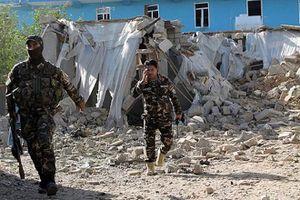 Taliban khủng bố ở Afghanistan, hàng chục người thiệt mạng