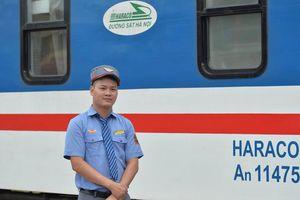 Khen thưởng nhân viên và tổ tàu trả lại hơn 100 triệu cho hành khách