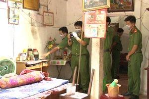 Hiện trường nghịch tử sát hại cha mẹ ruột ở Tam Bình