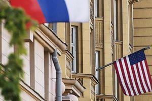 Lạ lùng khi Mỹ gửi hai thông điệp trái ngược nhau đến Nga trong cùng một ngày