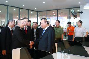 Thủ tướng thăm Tổ hợp Đại học và Công viên Phần mềm đầu tiên tại Cần Thơ