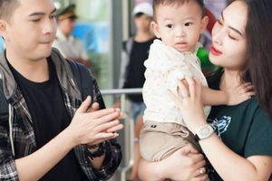 Nam Cường lần đầu công khai con trai 2 tuổi với vợ hot girl