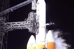 Tàu vũ trụ của NASA hủy cất cánh vào phút chót