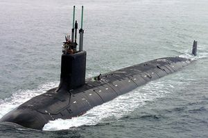 Chưa kịp ra khơi tàu ngầm hạt nhân Mỹ đã 'tịt nòng'