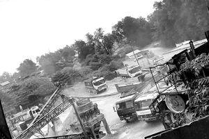 Ðại công trường khai thác đá lậu: Ðẩy dân đến cửa tử