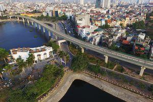 Hành trình 'đẹp như thơ' trên đoàn tàu đường sắt trên cao Cát Linh tới Yên Nghĩa