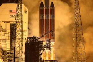 Tàu thăm dò NASA bắt đầu sứ mệnh lịch sử 'chạm vào Mặt Trời'