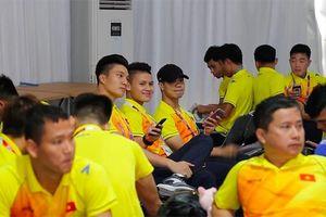 Nhiều cầu thủ U23 Việt Nam đang dùng iPhone X, riêng Công Phượng vẫn trung thành với chiếc iPhone 6 khiến nhiều người bất ngờ