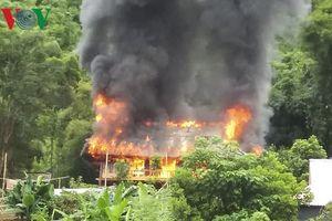 'Bà hỏa' thiêu rụi căn nhà sàn mới xây, thiệt hại khoảng 500 triệu