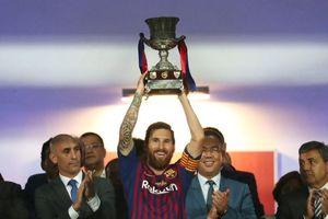 Messi đi vào lịch sử Barca khi giành Siêu cúp Tây Ban Nha