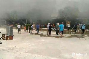 Thanh Hóa: 'Bà hỏa' ghé thăm giữa trưa, 5 ki ốt bị thiêu rụi