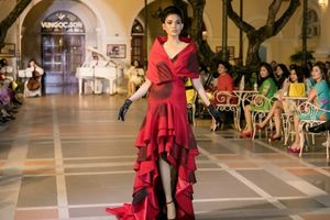 Trương Thị May tái xuất, hóa công nương kiêu kỳ trong show thời trang