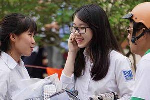 Xét tuyển đại học: Vì sao điểm chuẩn giảm sâu?