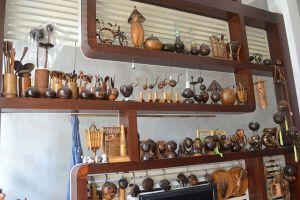 Nghệ nhân 50 năm 'theo đuổi' gáo dừa...