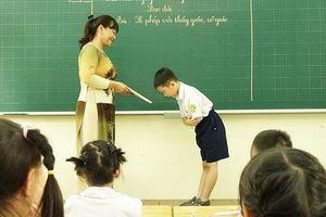 'Xin lỗi', 'cảm ơn', 'xin chào' trong nhà trường