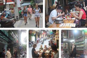 Những sản phẩm, dịch vụ 'hút' khách Tây ùn ùn đến phố cổ Hà Nội