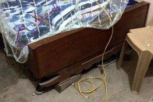 Người phụ nữ bị gã hàng xóm lẻn vào nhà chích điện lúc nửa đêm
