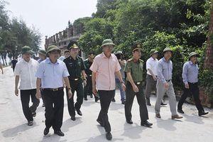 Bí thư tỉnh ủy Nguyễn Văn Đọc kiểm tra công tác quản lý, khai thác vịnh Hạ Long và vịnh Bái Tử Long