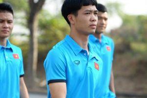 Hai cầu thủ Olympic Việt Nam bất ngờ dính... chấn thương lưng