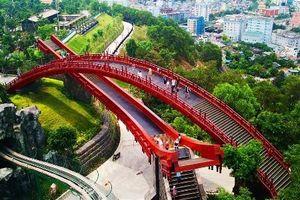 Sau cầu Vàng, giới trẻ lại phát cuồng check-in cầu Koi ở Quảng Ninh