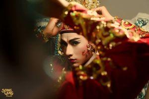 'Song lang' gợi nhớ về 'Xuân quang dạ tiết' của Vương Gia Vệ