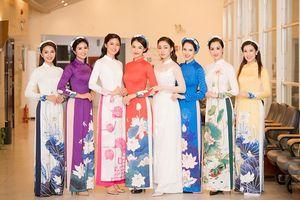 Hoa hậu Phí Linh, Á hậu Thanh Tú trình diễn áo dài cho Ngọc Hân