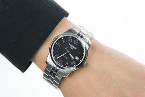 Đồng hồ 10 triệu và 100 triệu đồng khác nhau như thế nào?