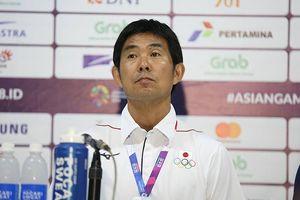HLV Olympic Nhật Bản thừa nhận tự bắn vào chân trước Olympic Việt Nam