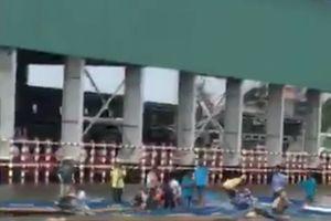 Đò dọc chở 10 công nhân va chạm trên sông, 1 người tử vong