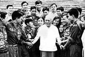 Kỷ niệm 130 năm ngày sinh của Chủ tịch Tôn Đức Thắng (20-8-1888 - 20-8-2018) : Bác Tôn - Tấm gương sáng cho thế hệ trẻ Việt Nam học tập và noi theo