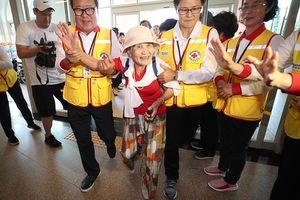 Đẫm nước mắt chặng đường đoàn tụ của gia đình ly tán Hàn-Triều