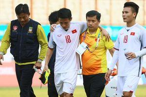 Tiền vệ Hùng Dũng sớm trở về Việt Nam sau chấn thương