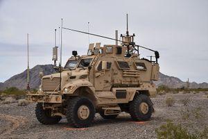Sốt ruột trước Nga, quân Mỹ thử xe tác chiến điện tử EWTV