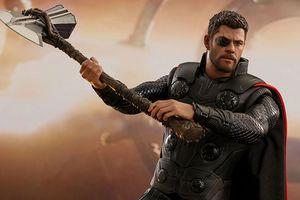 'Đồ chơi' mới của Thor - Stormbreaker - có thật sự 'đập tan tành' 6 viên đá vô cực quyền năng