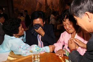 Cuộc đoàn tụ ở biên giới liên Triều: Nỗi nhớ mong và nước mắt