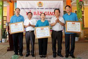 Công đoàn Điện lực Việt Nam bàn giao nhà công vụ cho giáo viên miền núi