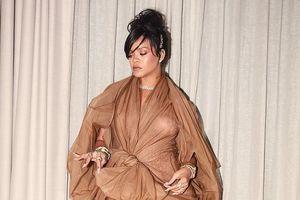 Những màn thảm họa thời trang gây ám ảnh của sao Hollywood