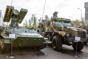 Dàn khí tài phòng không tại triển lãm quân sự lớn nhất Nga