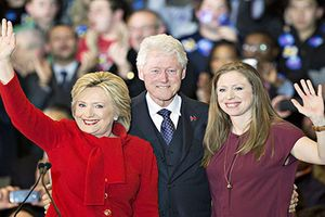 Ai sẽ giúp con gái bà Hillary tranh cử Tổng thống Mỹ?